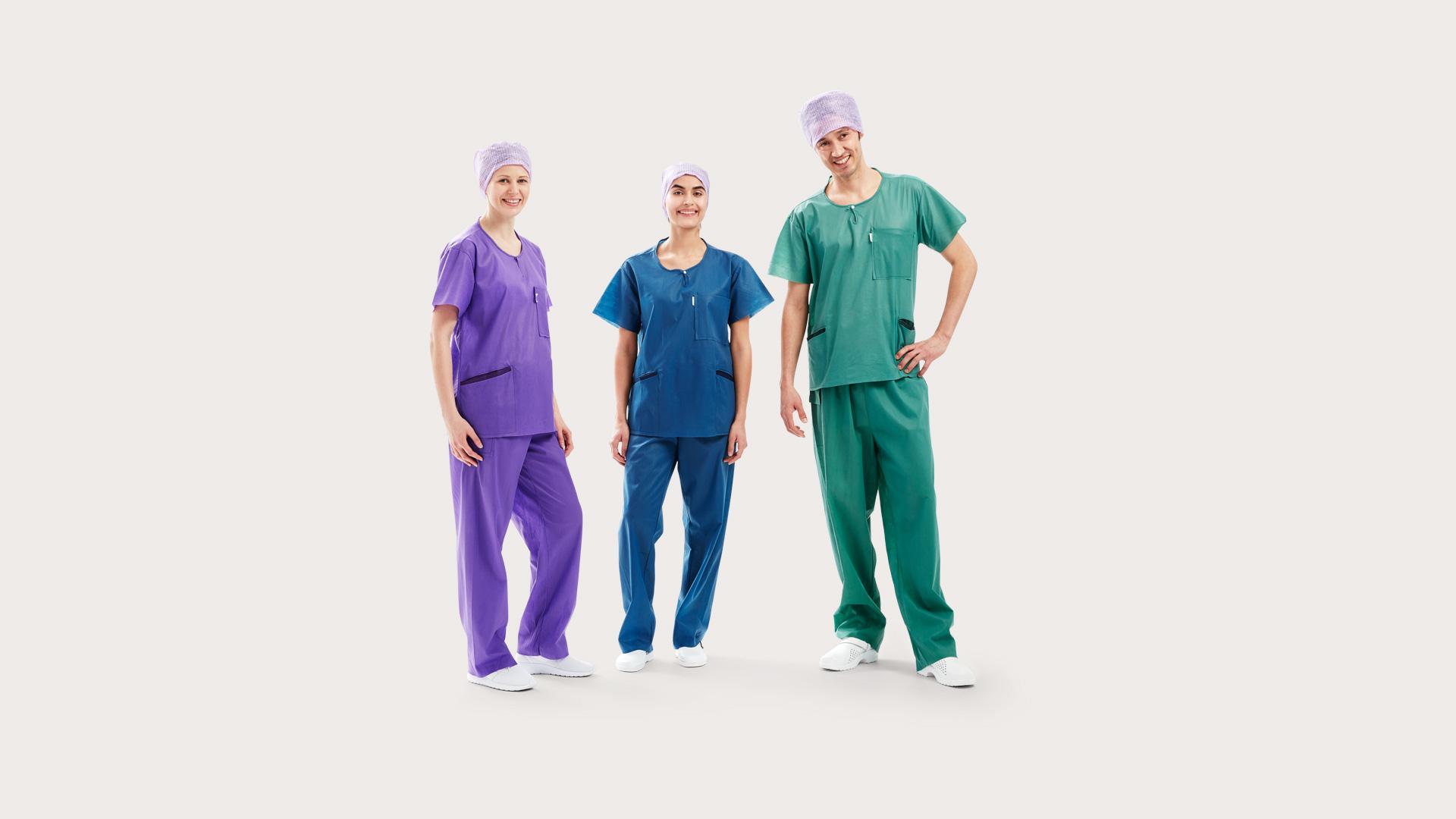 74eb82cc9c3 Three clinicians wearing BARRIER® Scrub Suit – extra comfort